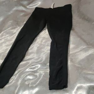 Fabletics Pants & Jumpsuits - FABLETICS BLACK MESH LEGGINGS SIZE XS SUPER CUTE